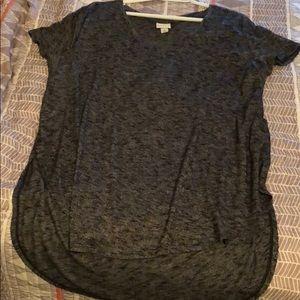Tunic length // Ava & Viv // v neck // size 1x